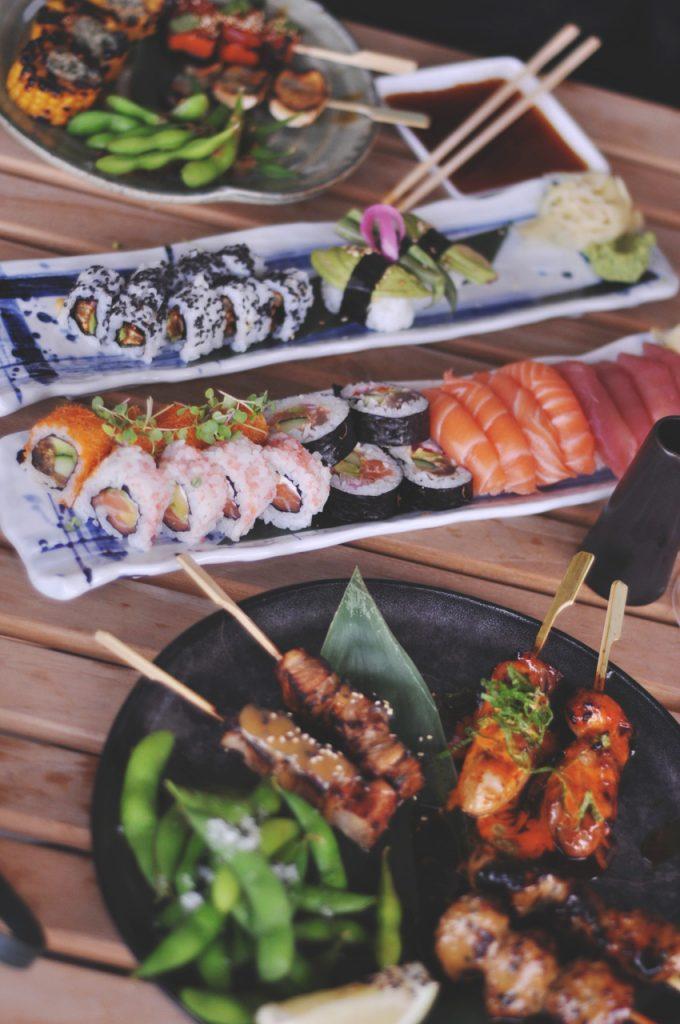 sticks sushi
