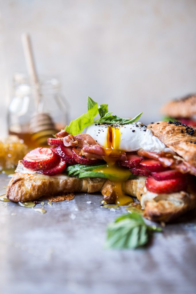 Strawberry-Basil-and-Crispy-Prosciutto-Breakfast-Sandwich-1-1