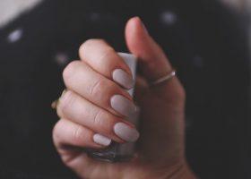 Matte about nails