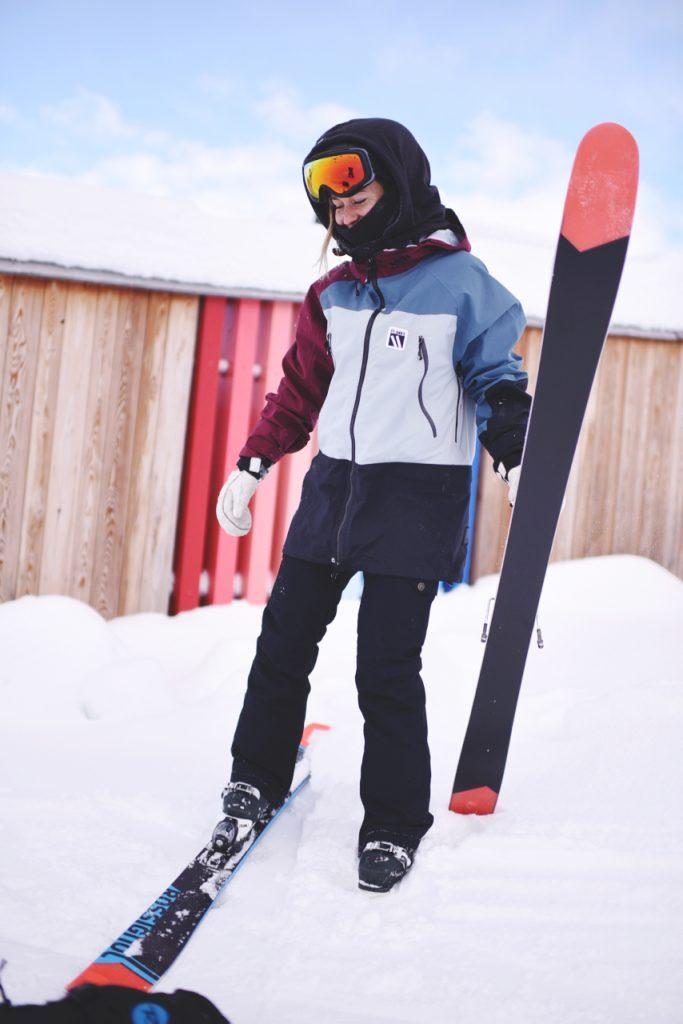 ski play1