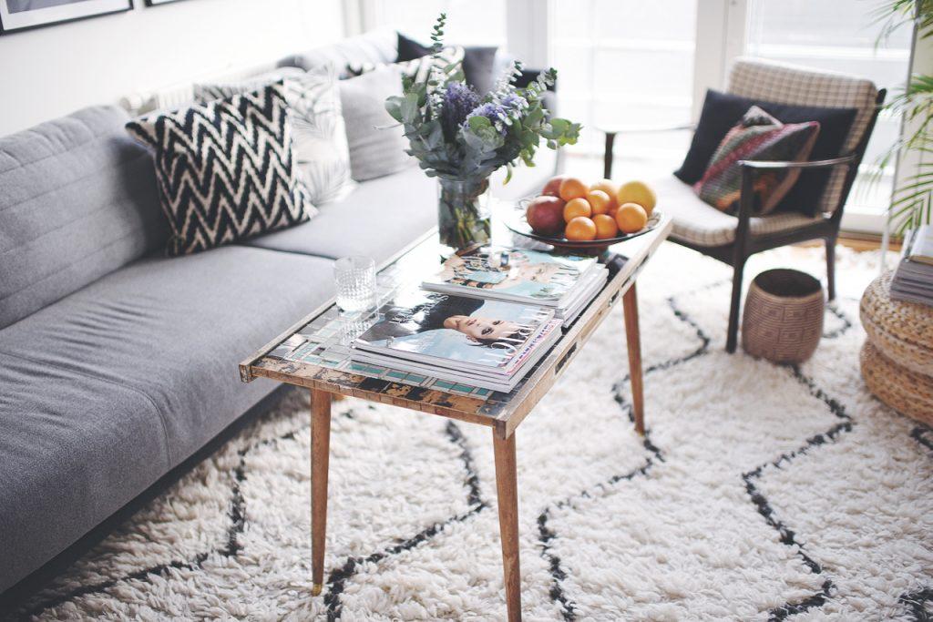 sofa og sofabord