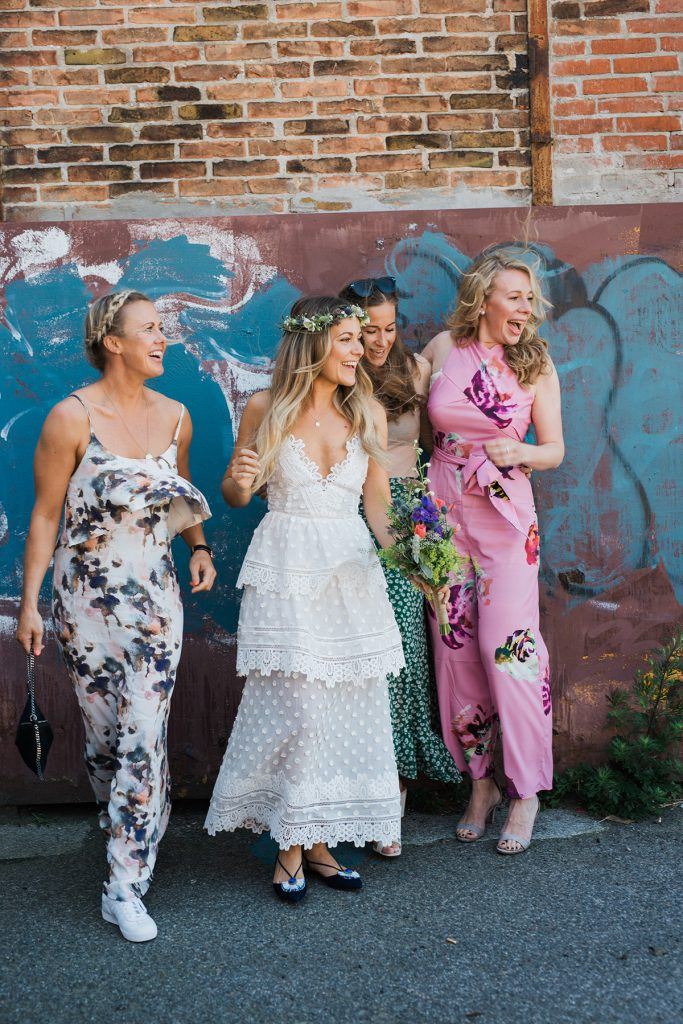 Brudekjolen ( kjolerne) Emily Salomon