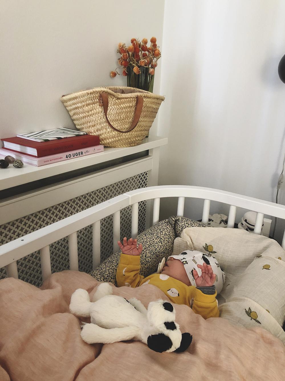 bed side crib